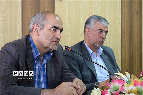 اعزام کاروان کمکهای آموزش و پرورش آذربایجان شرقی به مناطق سیل زده خوزستان