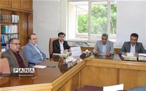 مدیر کل آموزش و پرورش اصفهان:نورانیت و عظمت کار معلم نباید دستخوش احساسات و هیجانات قرار گیرد