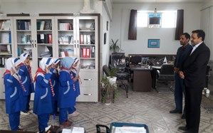 دیدار پیشتازان دبستان قرآنی هاجر با مدیر آموزش  و پرورش گناباد