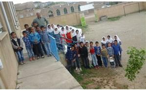 معلم نمونه شهرستان ملکان: همه سال های کاری ام را در مدارس چندپایه خدمت کرده ام