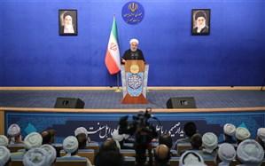 روحانی: فضای مجازی روزانه به حاکمان نمره میدهد