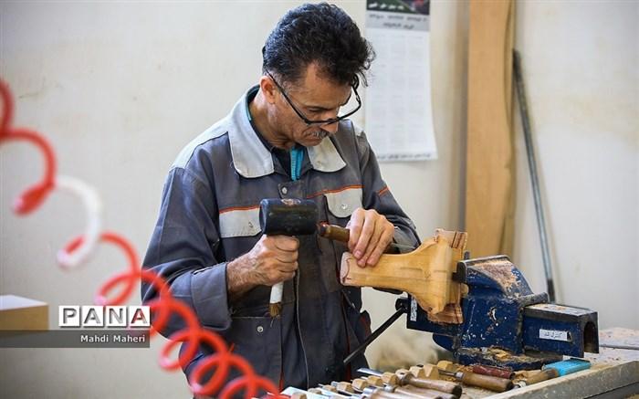 تلاش کارگر ایرانی برای تولید کالای ایرانی