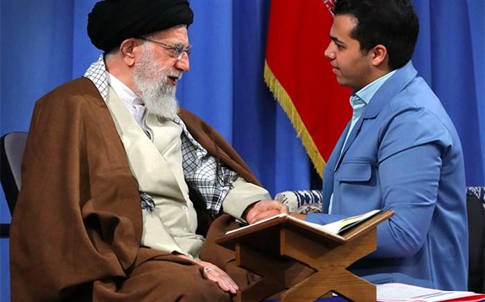 دیدار قاری ممتاز گلستان با رهبر انقلاب