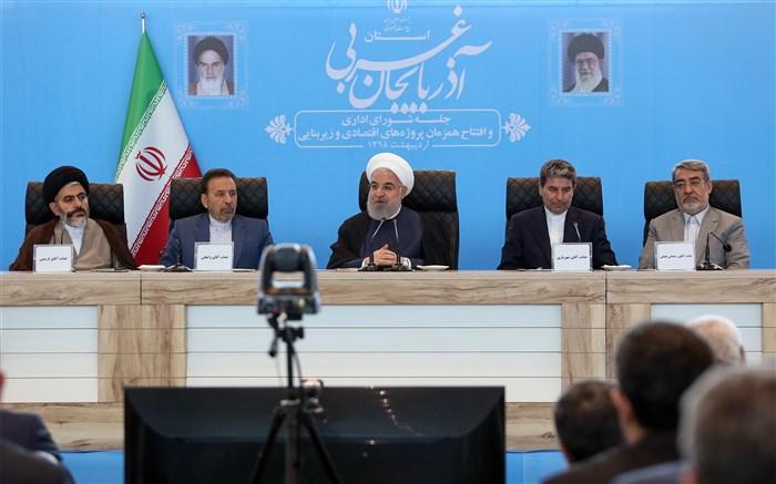 روحانی: افراطیون، صهیونیستها و ضد انقلاب با ارائه اطلاعات غلط دولت آمریکا را به بیراهه بردند