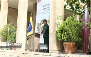 سردار محمود حسینی: پشت دست خالی مان در جنگ، یک نیروی لایزال الهی جاری بود