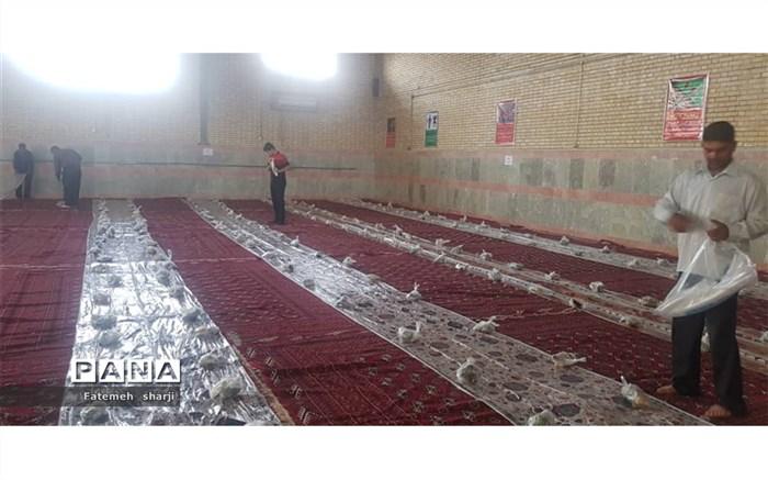 مراسم افطاری به ایتام در هنرستان فاطمه زهرا شهرستان امیدیه