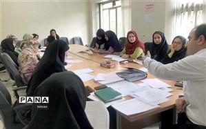 حضور بیش از پانصد دبیر دوره اول متوسطه شهر تهراندرجشنواره کشوری نوآوری درآموزش و یادگیری