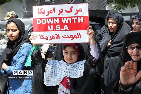 حضور پر شور مردم ولایتمدار شهرستان فیروزکوه در راهپیمایی روز جهانی قدس