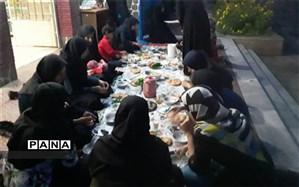 برگزاری ضیافت افطاری ویژه دبیران