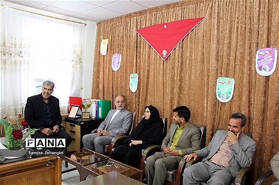 حضور صمیمی مدیرکل آموزش و پرورش استان خراسان جنوبی در سازمان دانشآموزی