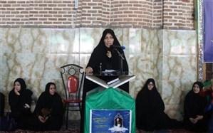 نشست تخصصی اندیشه آفتاب با محوریت تبیین اندیشههای امام خمینی (ره) درباره زن در تبریز برگزار شد
