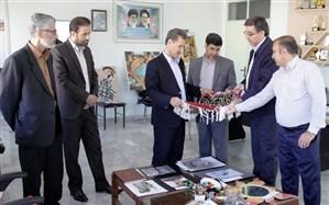 بازدید مدیرکل آموزش و پرورش کردستان از آثار برگزیده مسابقات فرهنگی هنری دانش آموزی استان