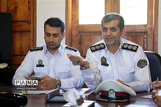 نشست هماندیشی رئیس پلیس راهنمایی و رانندگی مازندران با اصحاب رسانه