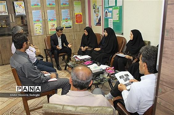 نشست تخصصی اداره تربیت بدنی با سر گروه های آموزشی درس تربیت بدنی استان بوشهر