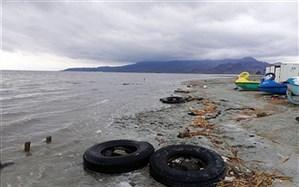 ساحل شنی در دریاچه ارومیه ایجاد می شود