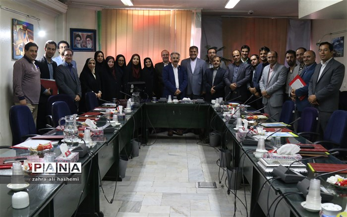 فولادوند: پاسخگویی در روابط عمومی حرف اول را می زند