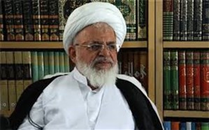 جلسه تفسیر قرآن کریم با حضور آیت الله ناصری، در کتابخانه وزیری یزد