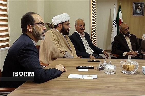 دیدار نیروهای ستادی حوزه پرورشی و فرهنگی با سرپرست اداره کل آموزش و پرورش خوزستان