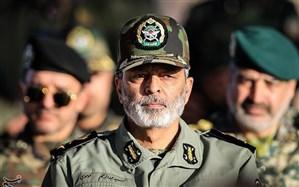 فرمانده کل ارتش: هرگونه طمعورزی دشمنان را در نطفه خفه میکنیم