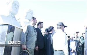 رونمایی از  سردیس برادران شهید شبلی در سنندج