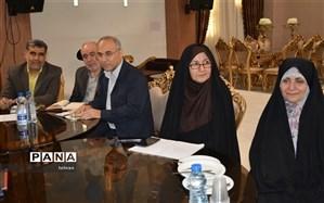 جلسه مشترک معاونین آموزش ابتدایی و متوسطه مناطق 19 گانه شهر تهران در مرکز رفاهی منطقه 2