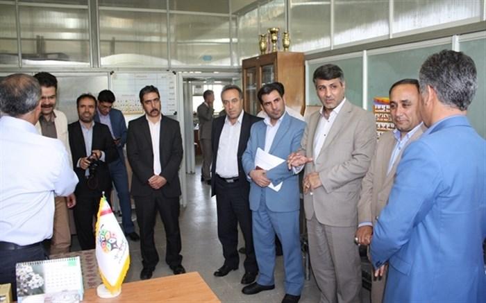 بازدید مدیرکا آموزش و پرورش از ناحیه2 زنجان