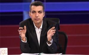 عادل فردوسیپور در تولد 20 سالگی «نود» سورپرایز شد