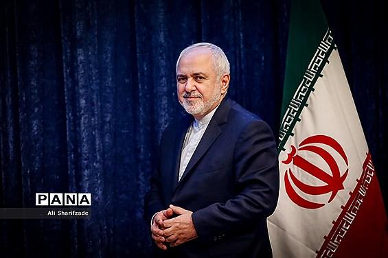 وزیران خارجه ایران و ژاپن درباره موضوعات منطقهای گفت و گوکردند