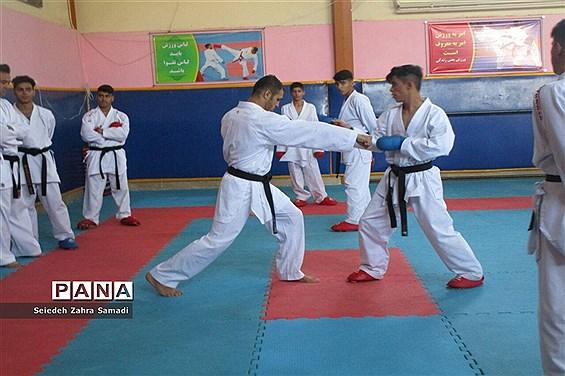 حضور کاپیتان تیم ملی کاراته ایران در شهرستان ملارد