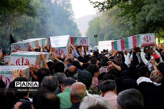 تشیع پیکر مطهر 10 شهید گمنام در خراسان شمالی
