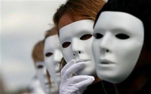 موسویزاده، جامعهشناس:  رفتارهای دوگانه برخی سلبریتیها موجب کاهش سرمایه اجتماعی میشود