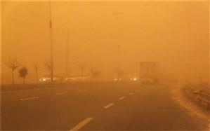 توفان ادارات سیستان را به تعطیلی کشاند