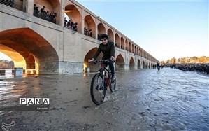 جریان زایندهرود امروز به اصفهان میرسد