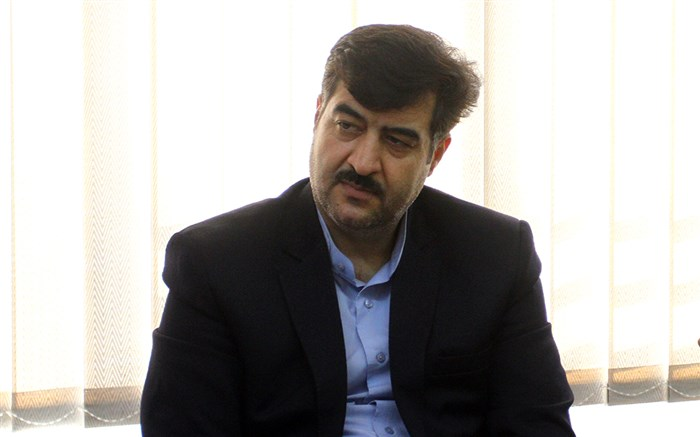 منصور اردستانی