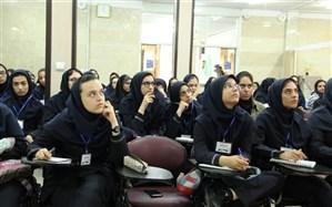 برگزاری رویداد کارآفرینی دختران دانشآموز به مناسبت روز دختر در منطقه 4 تهران