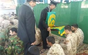 کاروان بارگاه منور ثامن الحجج(ع) درجمع  سربازان پادگان تیپ ۱۷۷