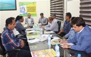 جلسه هم اندیشی اعزام تیم های ورزشی دانش آموزان مدارس قهرمان و کانون قهرمان استان بوشهر برگزار شد