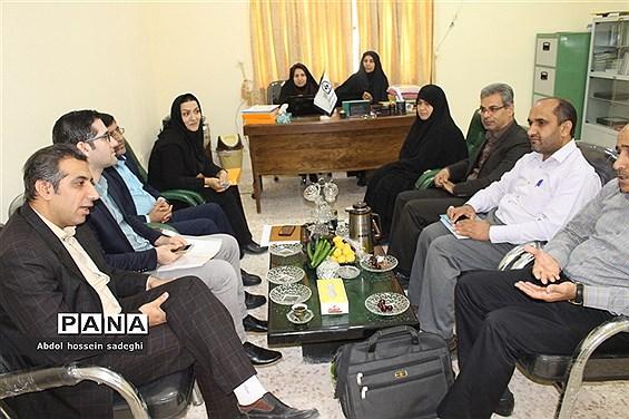 بازدید  کارشناسان اداره کل آموزش و پرورش  و سازمان دانش آموزی استان بوشهراز پایگاه های اوقات فراغت تابستانی دانش آموزان  منطقه سعدآباد