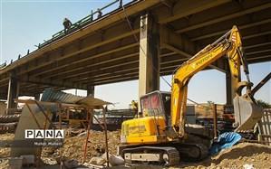 جمعآوری آخرین قطعه پل فلزی گیشا با حضور شهردار تهران