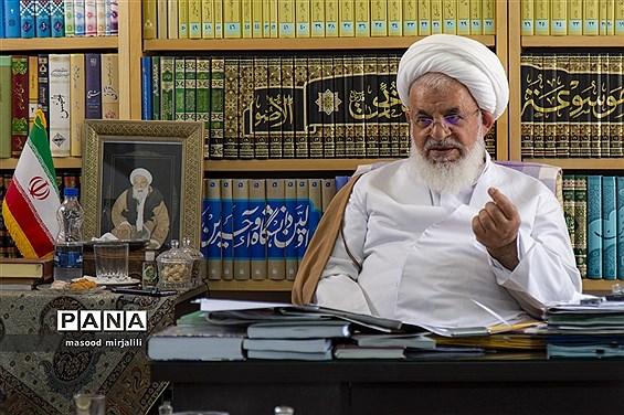 نشست خبری نماینده ولی فقیه و امام جمعه یزد