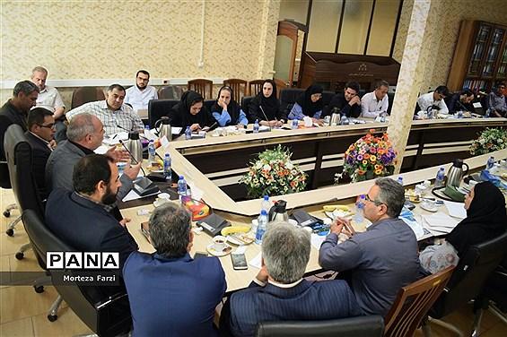 نشست خبری رئیس شورای اسلامی استان آذربایجان شرقی
