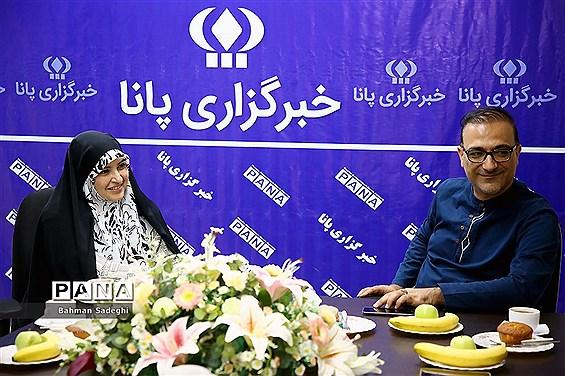 بازدید رئیس مرکز روابط عمومی وزارت ارتباطات از خبرگزاری پانا