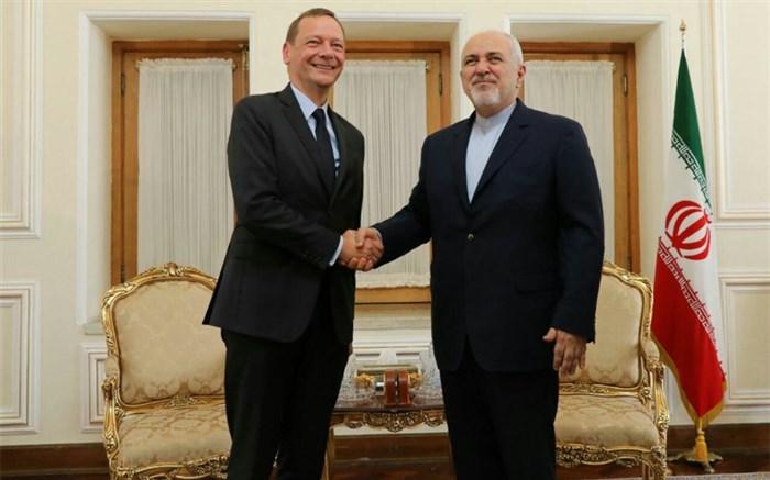 ادعای روزنامه عربی درباره سفر قریبالوقوع مکرون به تهران