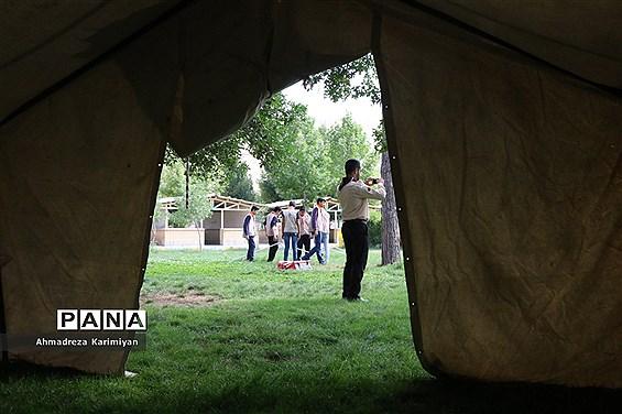 ایستگاههای مهارتهای آموزشی در آخرین روز از اردوی استانی پیشتازان فارس