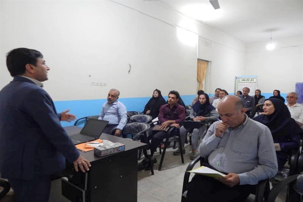 جلسه توجیهی لباس فرم مدارس دشتستان