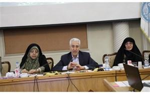 وزیر علوم تأکید کرد: نگاه مثبت وزارت علوم در جذب اعضای هیأت علمی زن
