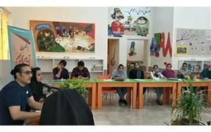 سومین نشست انجمن ادبی آینههای ناگهان کانون اندیمشک برگزار شد