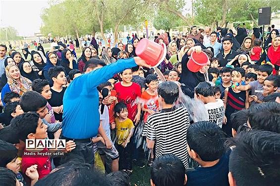 دومین جشنواره آب بازی در پارک والفجر برازجان