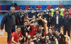 حضور دانش آموز ناحیه یک شهرری در مسابقات والیبال نوجوانان جهان