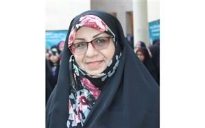 مصاحبه با سرپرست و دانش آموزان دختر شرکت کننده در سی و هفتمین دوره مسابقات کشوری قرآن، عترت و نماز در زنجان